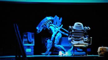 Színre vitték az első Alien-filmet