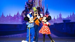 Kitört a pánik a párizsi Disneylandben, az emberek azt hitték, hogy terrortámadás történt