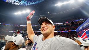NFL: Rob Gronkowski 29 évesen visszavonul