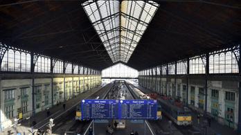 Még mindig késnek a vonatok Budapest-Debrecen-Záhony vonalon a bozóttűz miatt