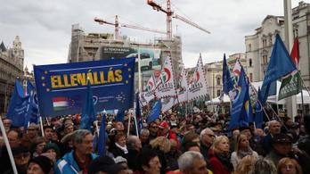 Závecz: Budapesten nem érdemes összefognia az ellenzéknek a Jobbikkal