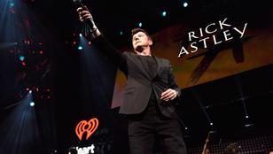Rick Astley is koncertezik a Jazzpikniken