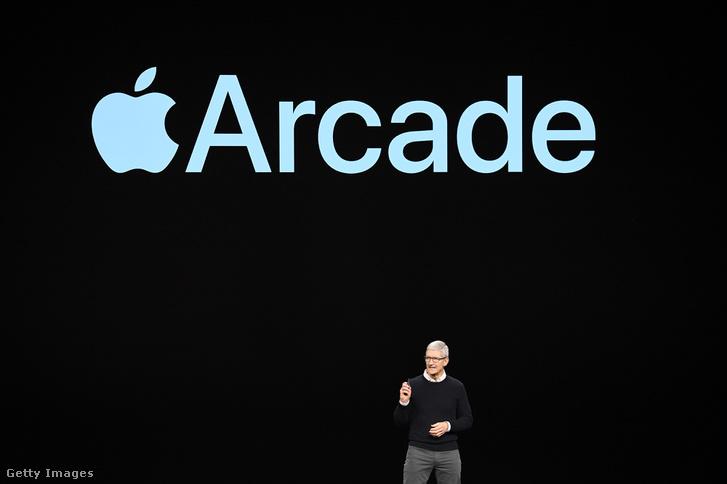 Tim Cook bemutatja az Apple új előfizetős videójáték-szolgáltatását 2019. március 25-én.