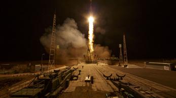 Az oroszok feleannyiból felvisznek bárkit az űrbe, mint Elon Musk