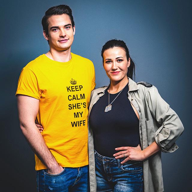 Janicsák Veca féltve óvja magánéletét a nyilvánosság elől, ám a műsor kedvéért kivételt tett, és férjével, Ladányi Jancsó Ábellel vág neki az Ázsia Expressznek.