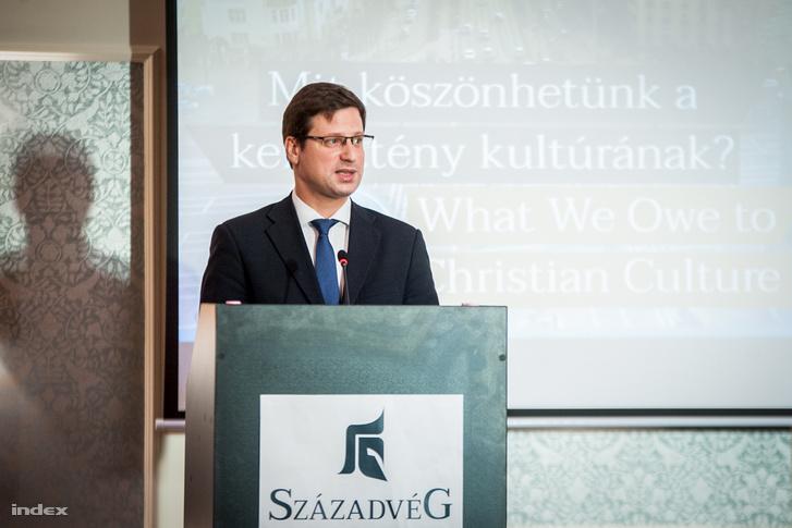 Gulyás Gergely, Miniszterelnökséget vezető miniszter