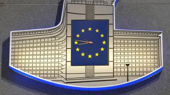 Megszavazta az óraátállítás eltörlését az EP