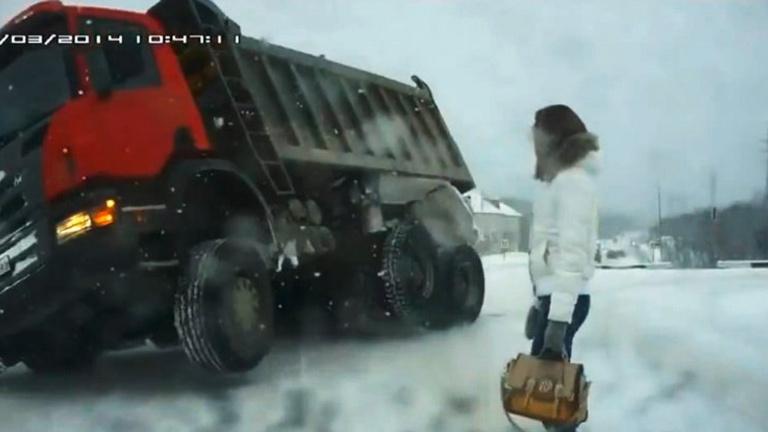 Lemaradtunk a legkeményebb orosz autóbalesetekről