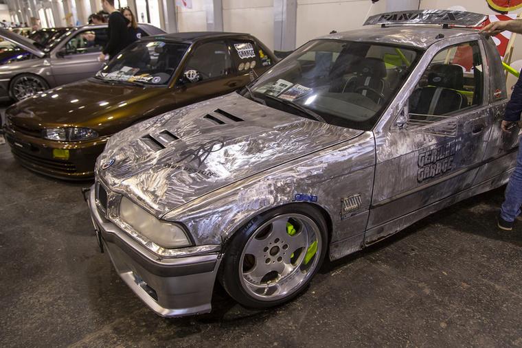 Elvetemült BMW E36 pickup átépítés a Gerilla Garage csapat műhelyéből