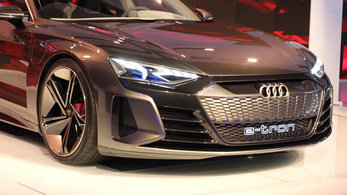 Az Audi is megosztaná villanyautó-alapjait