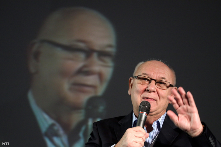 2012. december 18-án Belénessy Csaba, az MTI akkori vezérigazgatója beszél a Média Korrektúra 2012 konferencián.
