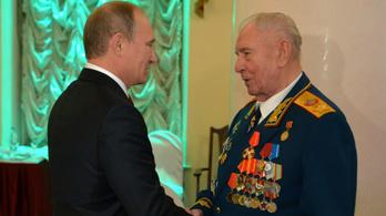 10 év börtönre ítélték az utolsó szovjet marsallt
