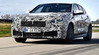 Gyári képeken az új 1-es BMW
