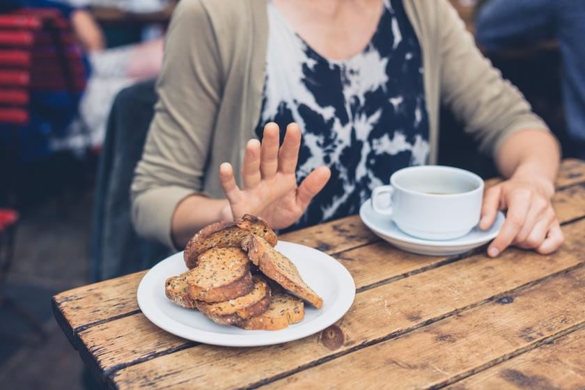 Nem csak puffadást és hasmenést okoz: 9 jel, hogy gluténérzékeny vagy