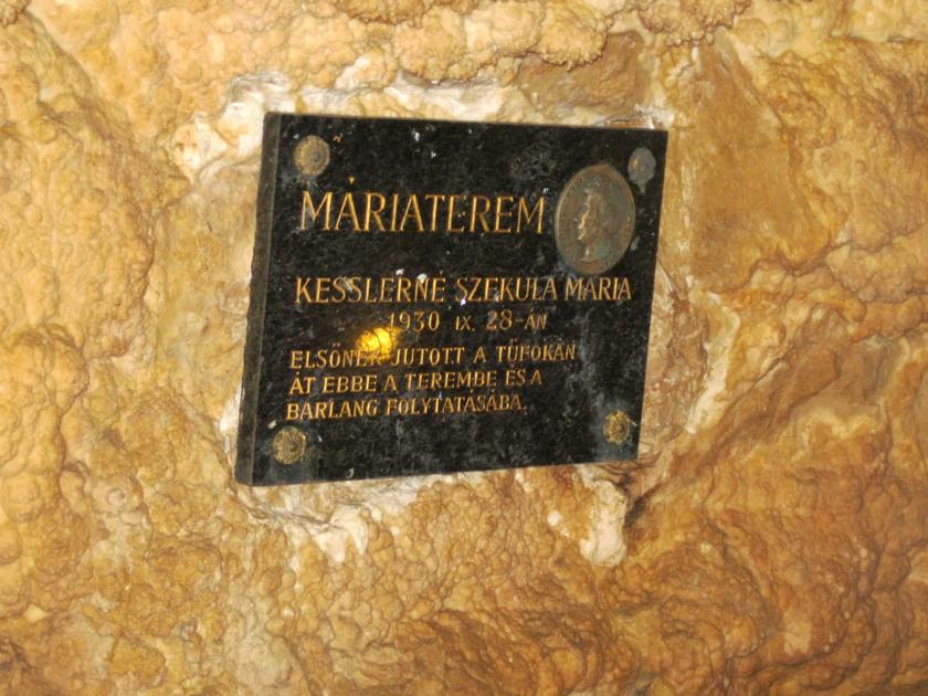Szekula Mária Szemlő-hegyi-barlang