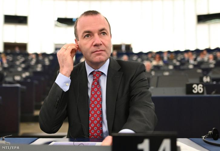 Manfred Weber, az Európai Néppárt (EPP) európai parlamenti frakcióvezetője és csúcsjelöltje az európai parlamenti választásokon az Európai Parlament plenáris ülésén Strasbourgban 2019. március 27-én.