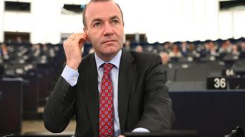 Manfred Weber a magyar jogállamisági vizsgálat napirendre vételét követeli