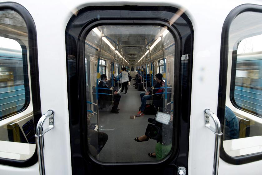 metro-utasok