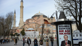 Múzeumból mecsetté alakítják a Hagia Sophiát
