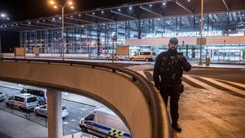 Prágában is elfogtak két embert a német vonatok elleni támadások miatt