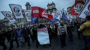 Az ellenzék stratégiáján nem változtat a választási törvény módosítása