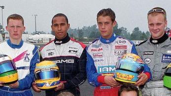 Végigverte korunk legjobb autóversenyzőit, még egy Wikipédia-lapja sincs