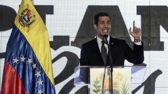 15 évre el akarják tiltani a közhivataltól a venezuelai ellenzék vezérét