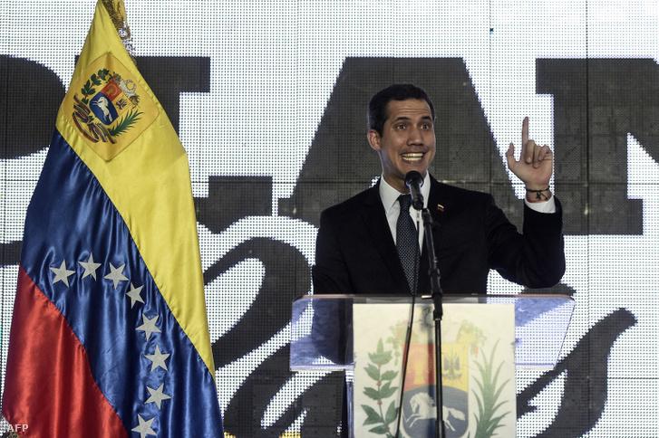 Juan Guaidó beszél a nemzeti újjáépítési tervéről, Caracasban 2019. március 28-án