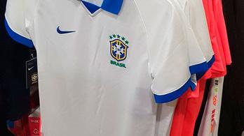 69 év után Brazília felveszi az átkozott mezt