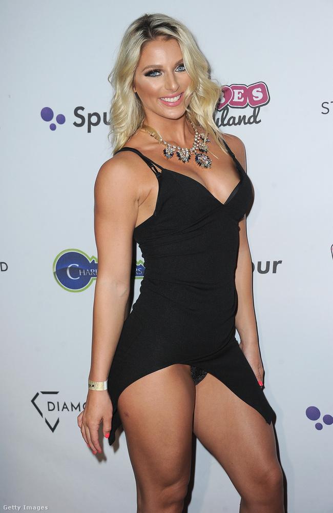 Brianna Lee egy bikinis fitneszmodell, aki azt szerette volna, hogy ne csak az instagramozók láthassák a bugyiját.