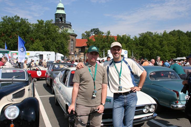 Papp Tibivel utolsó, nagy, közös, motor-pressés megmozdulásunkon, a Sachsen Classicon. Isteni három nap volt, s ott már vázoltam neki, hogy bármikor lelépnék a cégtől