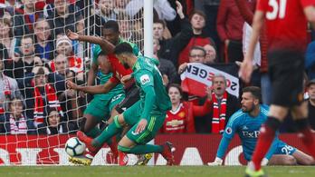 Győzött a United, kiesett a Huddersfield