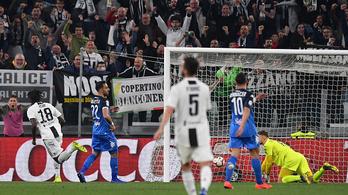 Megint a 19 éves tinédzser mentette meg a Juventust