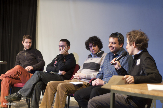 Hüttl Tivadar, Mong Attila, Léderer Sándor és Bodoky Tamás a színpadon