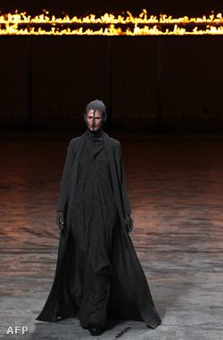Rick Owens, 2012-2013. ősz-téli divatbemutató a párizsi divathéten