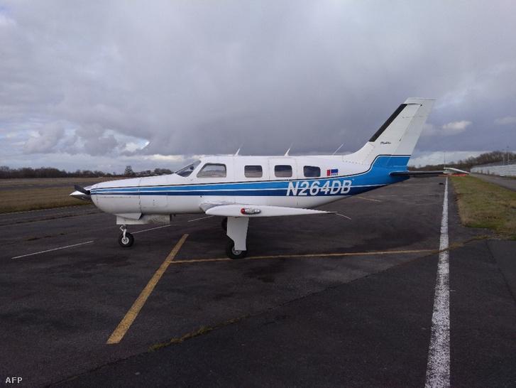 A január 21-én lezuhant Piper Malibu repülőgépről készült korábbi felvétel a nantes-i repülőtéren