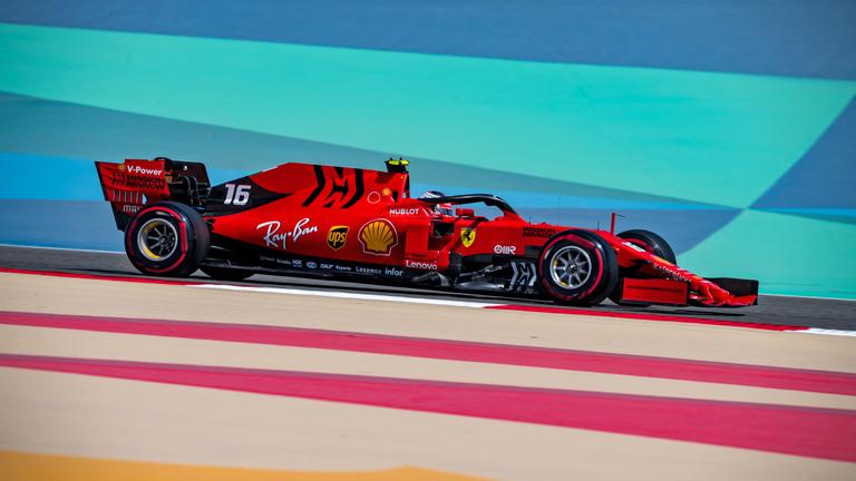 Leclercé volt a Bahreini Nagydíj, de Hamilton nyert