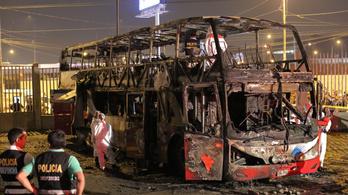 Legalább húszan meghaltak egy kigyulladt perui buszon