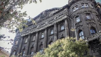 Állami banktól kapott gigahitelt Tiborcz az Adria-palota felújításához