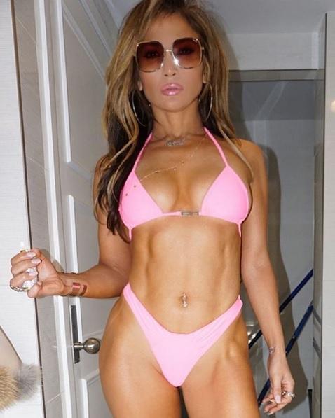 Szóhoz sem jutunk Jennifer Lopez alakja láttán - keményen megdolgozott ezért a testért.