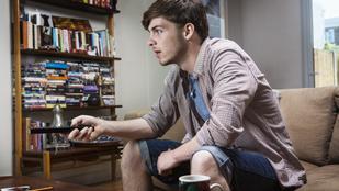 A filmek és a tévé segítenek jobban kötődnünk másokhoz?