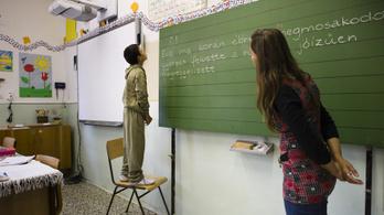 Pedagóguskar: A tanárok többet keresnek 2013-hoz képest, de azóta sem keresnek jól