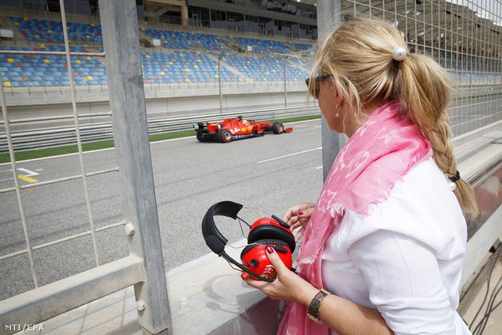 Mick Schumachert elkísérte az anyukája is, Corinna Schumacher