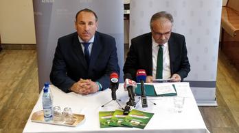 Valamiért nem sajtónyilvános, mit mond az agrárminiszter az EP-kampányban a gazdáknak
