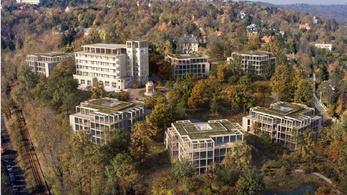 Óriási lakóparkot építenének a Svábhegyre