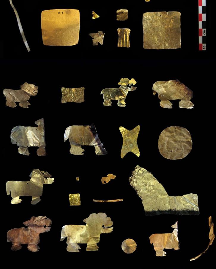 A feltárt aranytárgyak egy része