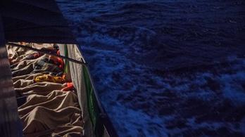 Migránsoknak segített a tengeren, 20 év börtönt kaphat