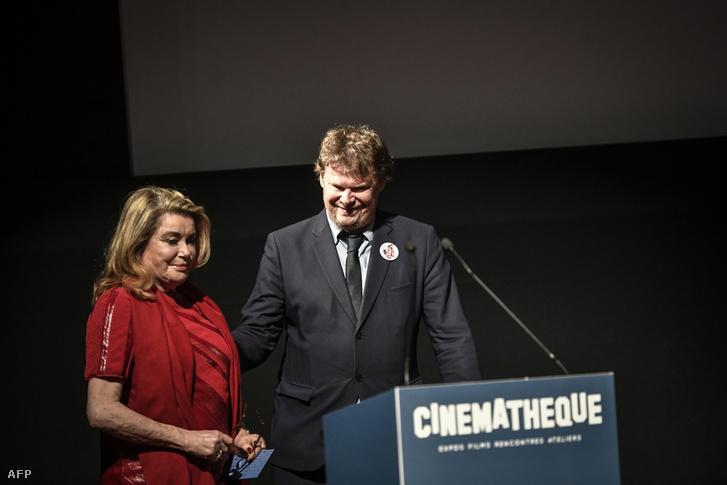 Catherine Deneuve és Francaise Frederic Bonnaud a megemlékezésen