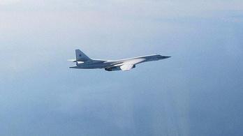 Orosz bombázók miatt szálltak fel a brit vadászgépek