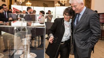 Kiállítással üzen az Esterházy-kincsekért pereskedő alapítvány